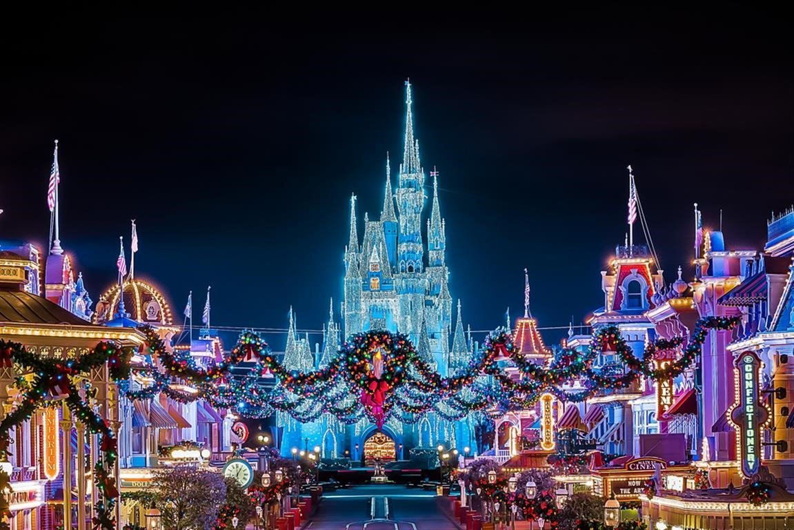 Enjoy the Magic of Disney this Christmas: At Disney World