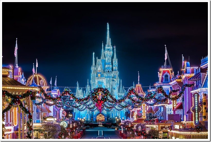 Disney World Christmas Must-Sees | MouseMingle.com