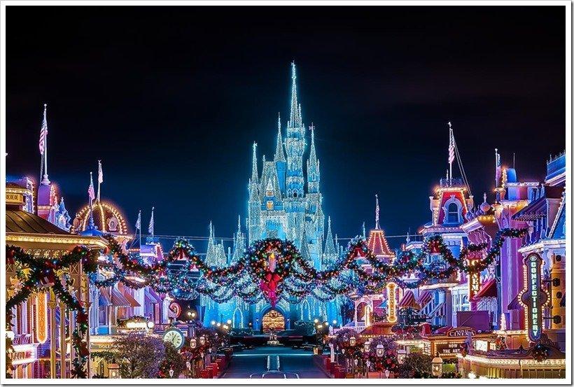 Disney World Christmas Must-Sees | MouseMingle.com