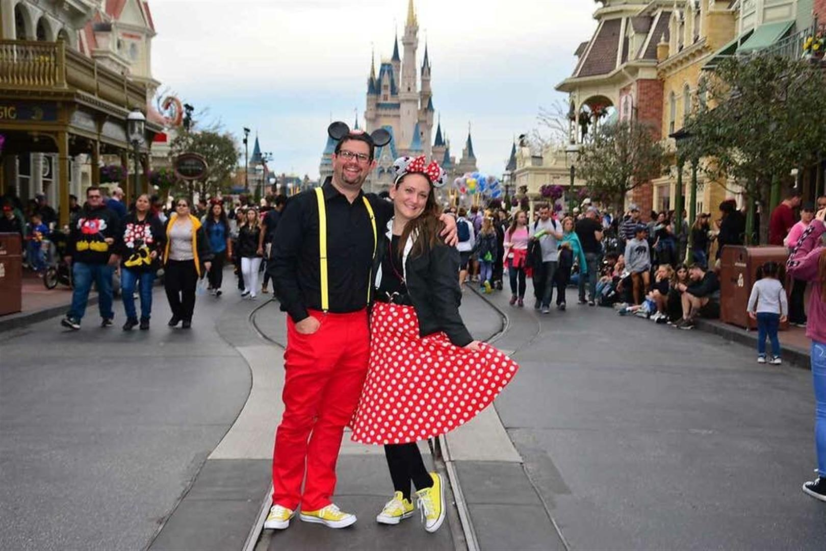 Tony and Heather at Walt Disney World | MouseMingle.com