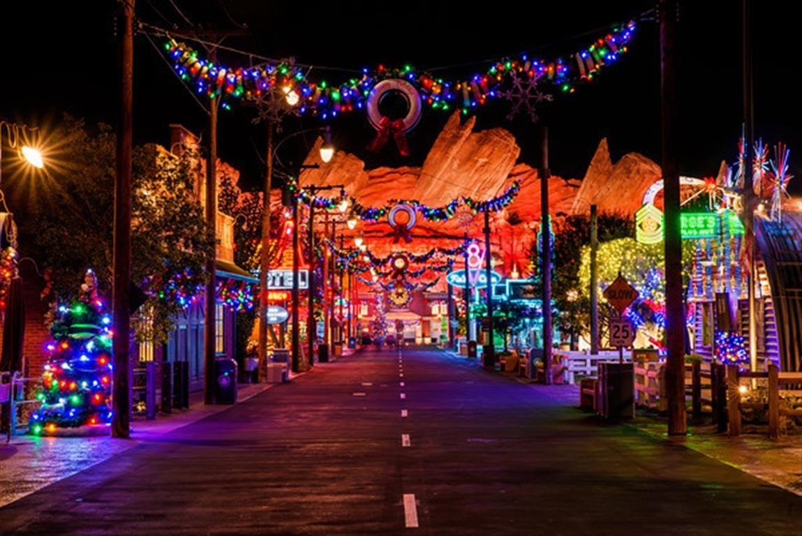 disney california adventure - Downtown Disney Christmas